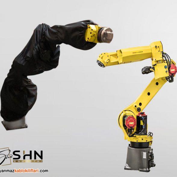 Toza ve Sıvıya Dayanıklı Robot Kılıfı